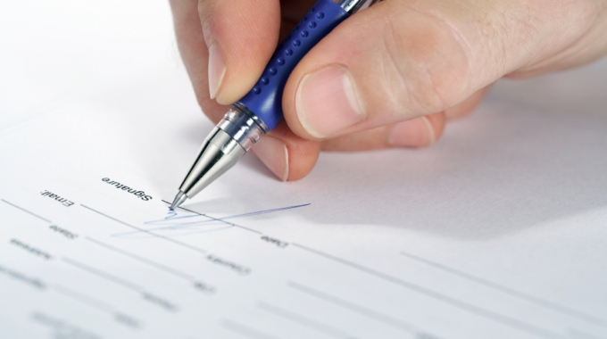 Can An Employer Alter The Term(s) Of An Employment Contract?